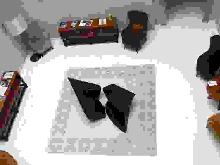 modern  by Office of Feeling Architecture, Lda, Modern Metal