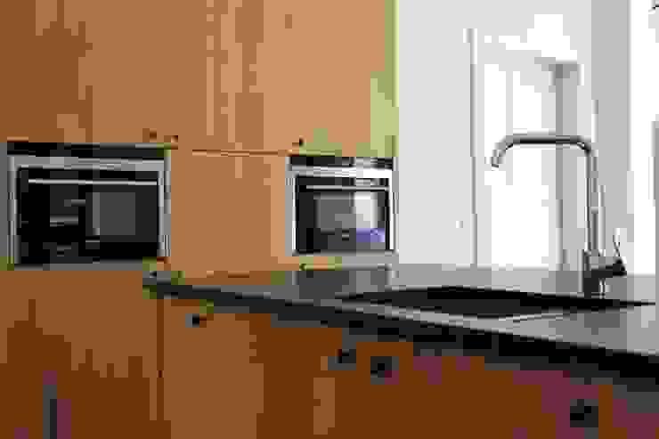 De Plankerij BVBA Kitchen Brown