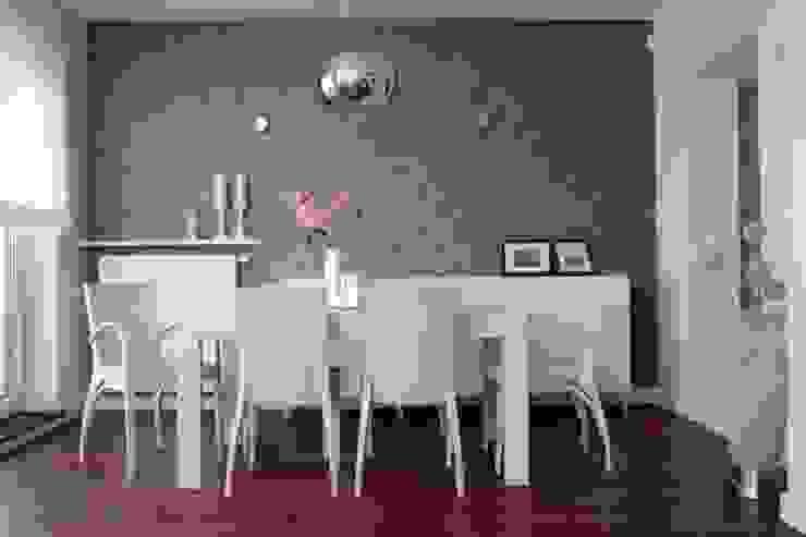 Phòng ăn phong cách chiết trung bởi ZIZI STUDIO Magdalena Latos Chiết trung