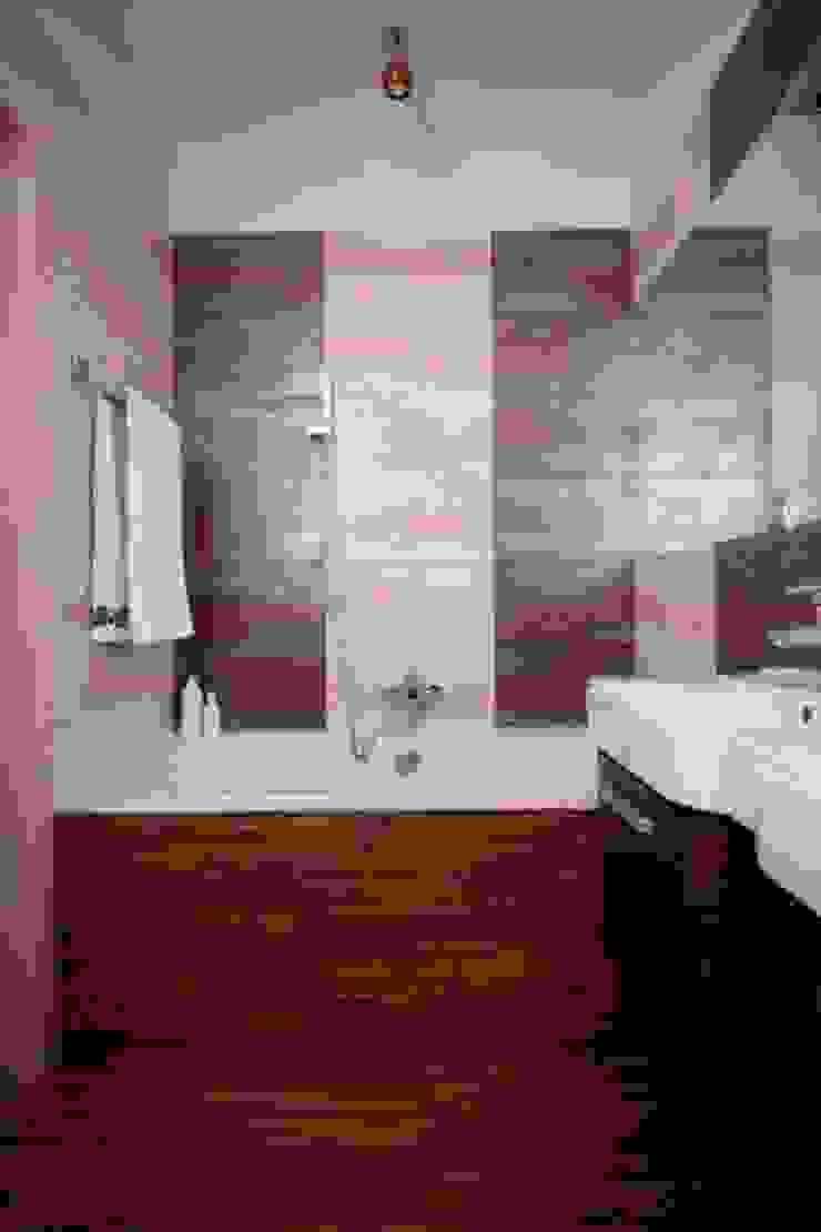 Phòng tắm phong cách thực dân bởi ZIZI STUDIO Magdalena Latos Thực dân