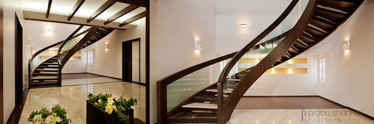 Residential Modern corridor, hallway & stairs by Prabu Shankar Photography Modern