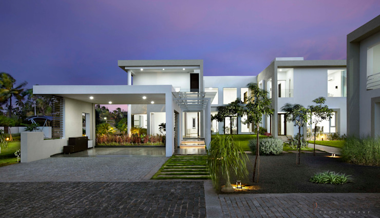 Residential Modern houses by Prabu Shankar Photography Modern