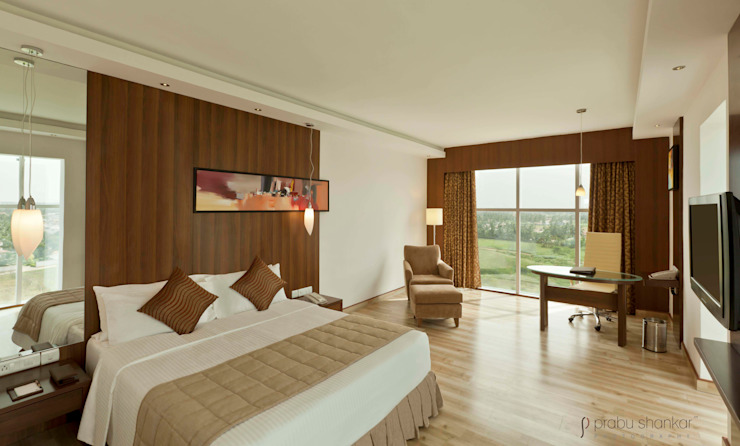 Hotels & Resorts Modern style bedroom by Prabu Shankar Photography Modern