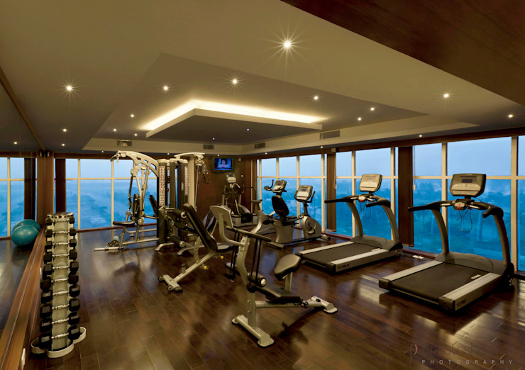 Hotels & Resorts Modern gym by Prabu Shankar Photography Modern