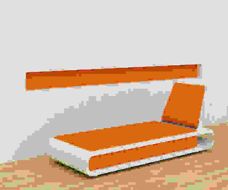 Nailcutter couch - Orange: modern  by Preetham  Interior Designer,Modern