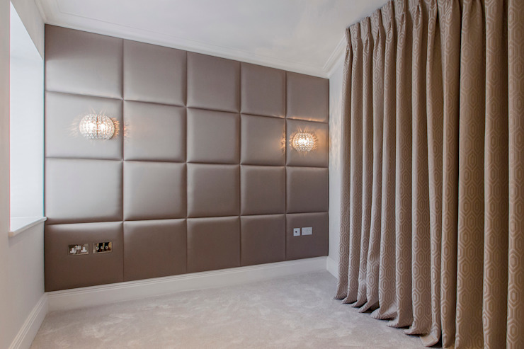 Upholstered padded panels with fitted lights and sockets Спальня в стиле модерн от Mille Couleurs London Модерн