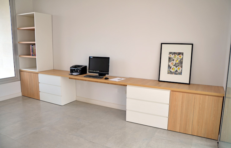 RÜM Proyectos y Diseño Study/officeDesks Chipboard White