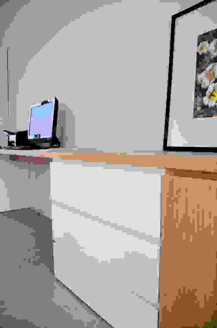 RÜM Proyectos y Diseño Study/officeCupboards & shelving
