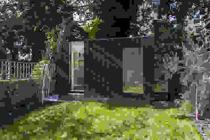Shadow Shed Neil Dusheiko Architects Maisons modernes