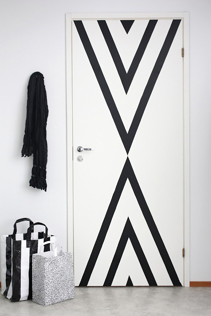Portas coloridas por Casa de Valentina Moderno