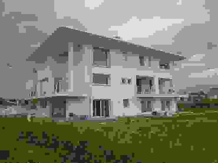 esterno Case moderne di Studio di Architettura e Ingegneria Brasina-Rubino Moderno