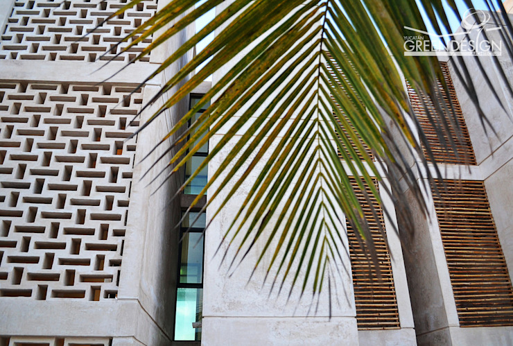 Tropischer Flur, Diele & Treppenhaus von Yucatan Green Design Tropisch