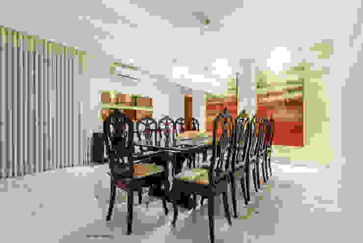 Apartamento Lourdes Salas de jantar modernas por Morávia - Arquitetura e Interiores Moderno