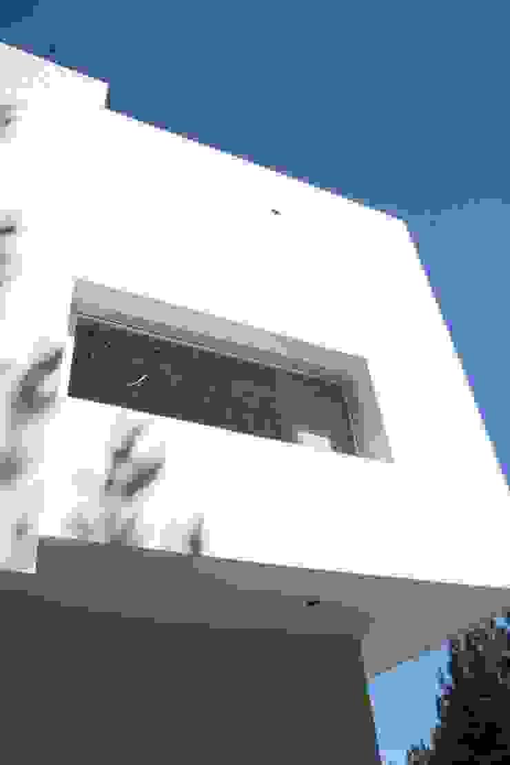 Casa Guinter Casas modernas: Ideas, imágenes y decoración de Estudio d360 Moderno