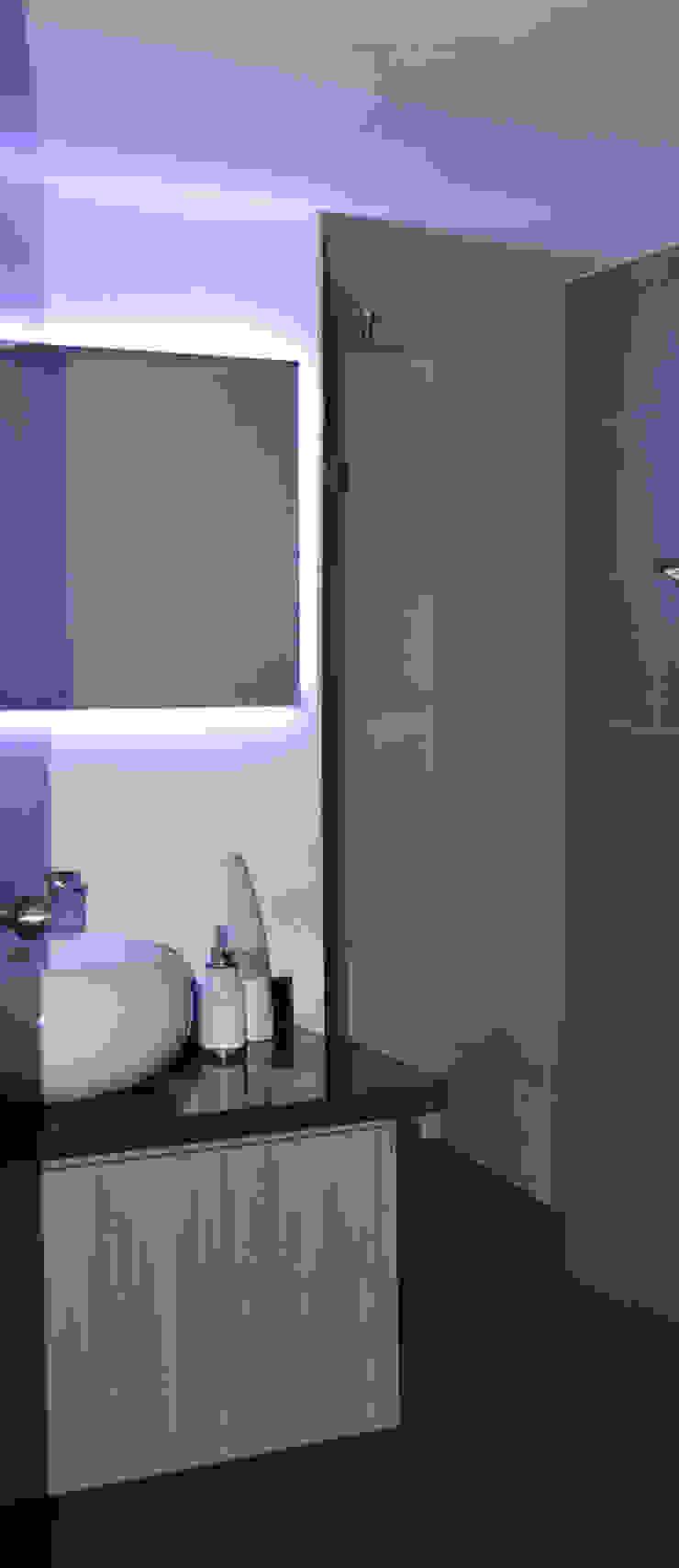 Eclectic style bathroom by ESTUDIO DUSSAN Eclectic