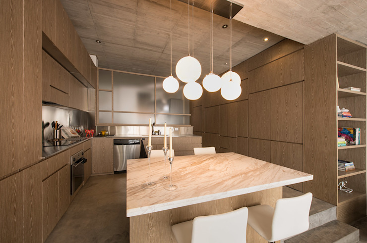 Modern kitchen by MEMA Arquitectos Modern