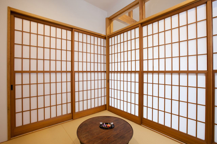 Asian style media room by アトリエdoor一級建築士事務所 Asian Paper