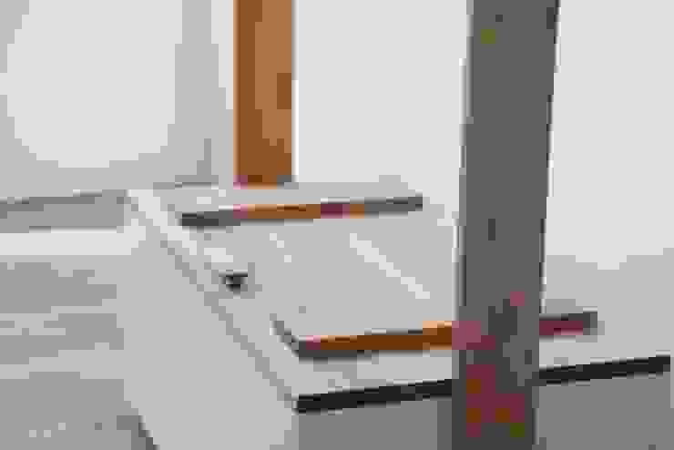 mediterranean  by 친환경원목가구 나무숨, Mediterranean Wood Wood effect