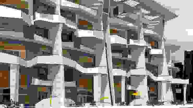by organic Arts+Architecture Сучасний Алюміній / цинк