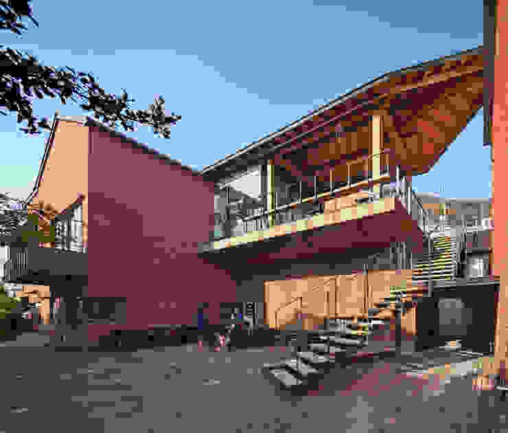SOOGOOK VILLAGE 모던스타일 발코니, 베란다 & 테라스 by 건축사사무소 오퍼스 모던