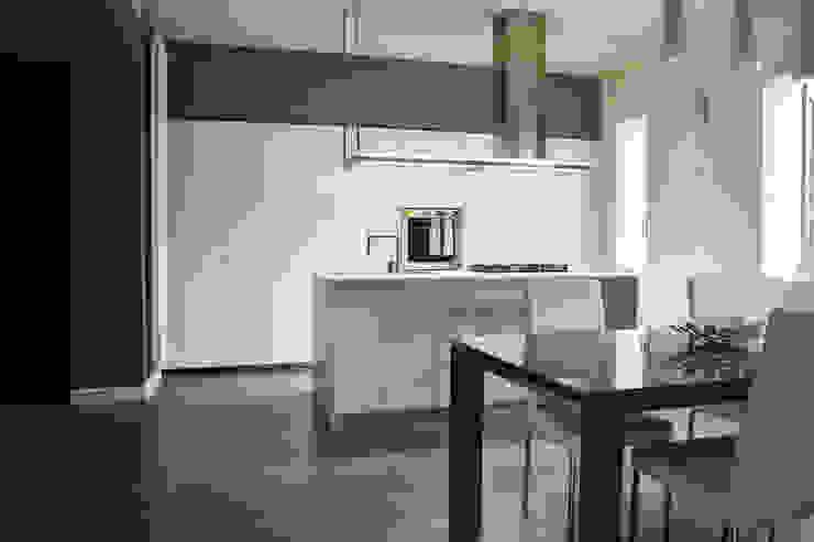 Cocinas modernas de LTAB/LAB STUDIO Moderno