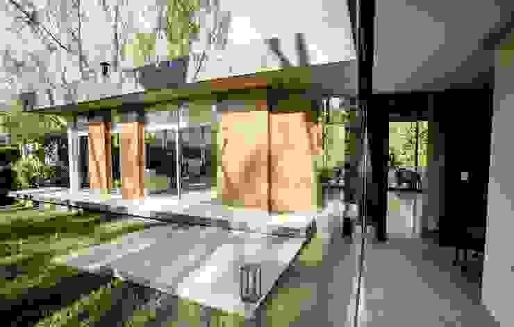 Casa AP 現代房屋設計點子、靈感 & 圖片 根據 Felipe Gonzalez Arzac 現代風