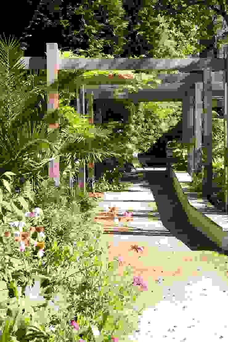 KSR Architects | Compton Avenue | Garden path Jardines de estilo moderno de KSR Architects Moderno