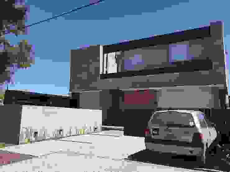 Casa Q Garajes modernos de Felipe Gonzalez Arzac Moderno
