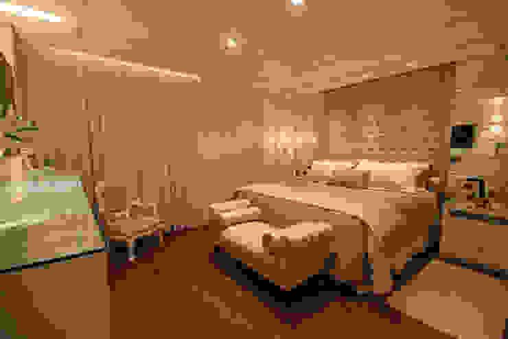 Dormitório Casal - Vista 1: Quartos  por Daniela Hescheles Arquitetura