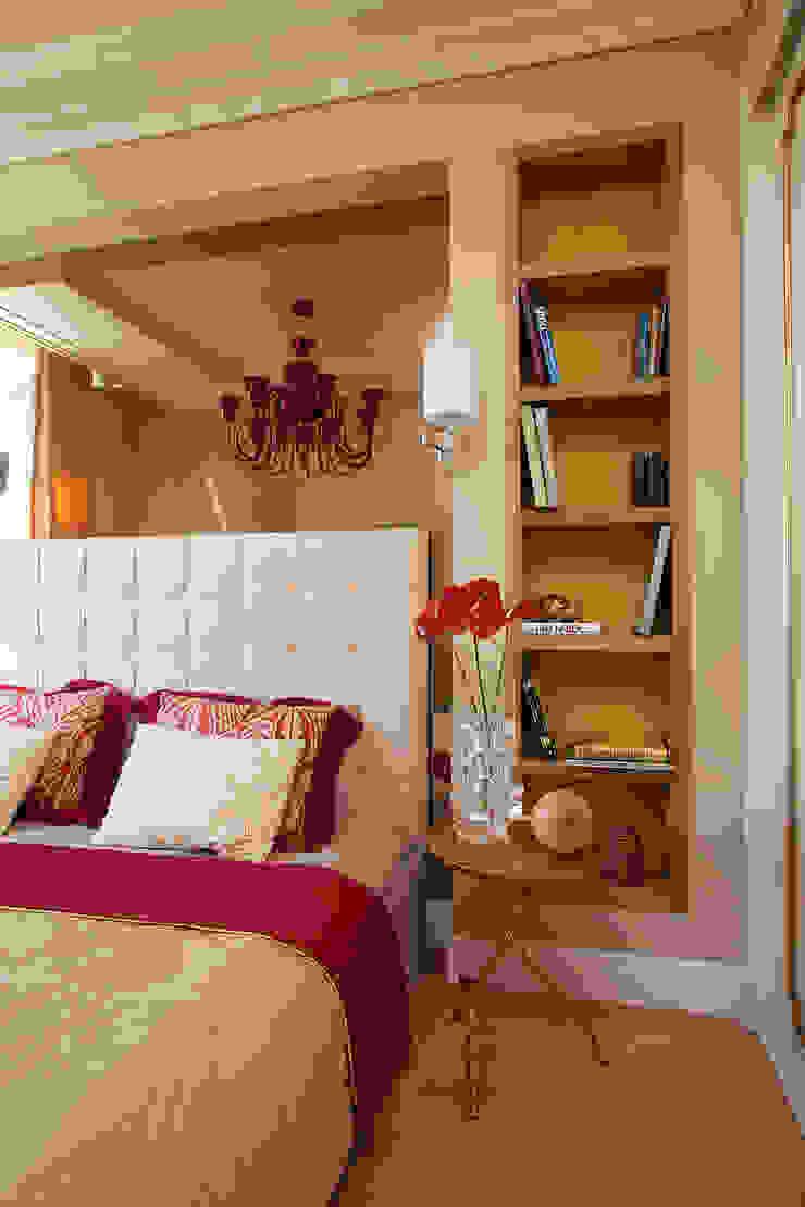 Project Fusion style Спальня в эклектичном стиле от Ekaterina Kozlova Эклектичный Изделия из древесины Прозрачный