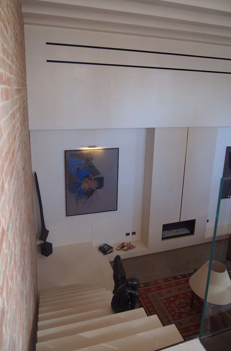 unità residenziale a venezia Soggiorno moderno di studi di progettazione riuniti Moderno