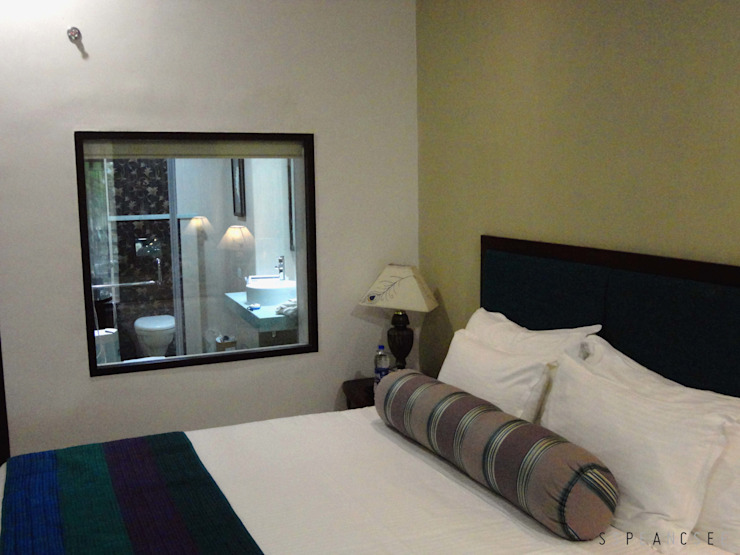 Guest Room in Resort Tropical style hotels by Space Sense Tropical