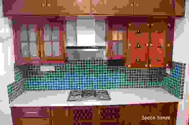 Private apartment Modern kitchen by Space Sense Modern