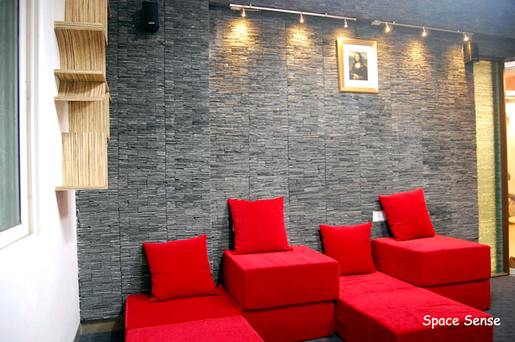 Private apartment Modern media room by Space Sense Modern