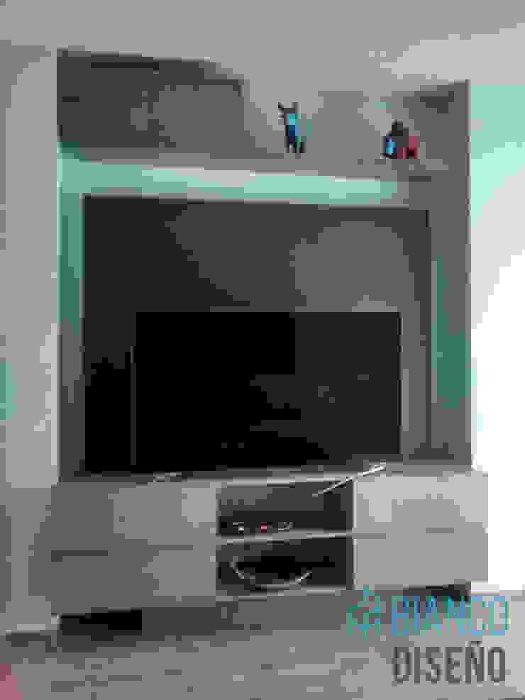 Centro de TV de Bianco Diseño Moderno