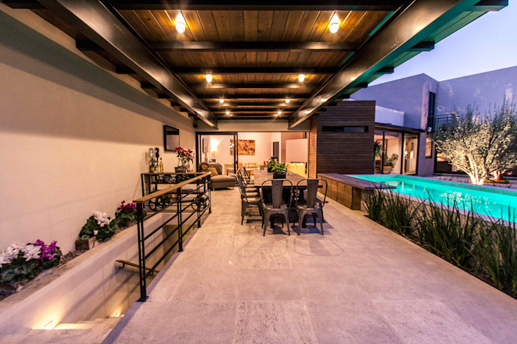 Terrace by Loyola Arquitectos, Modern