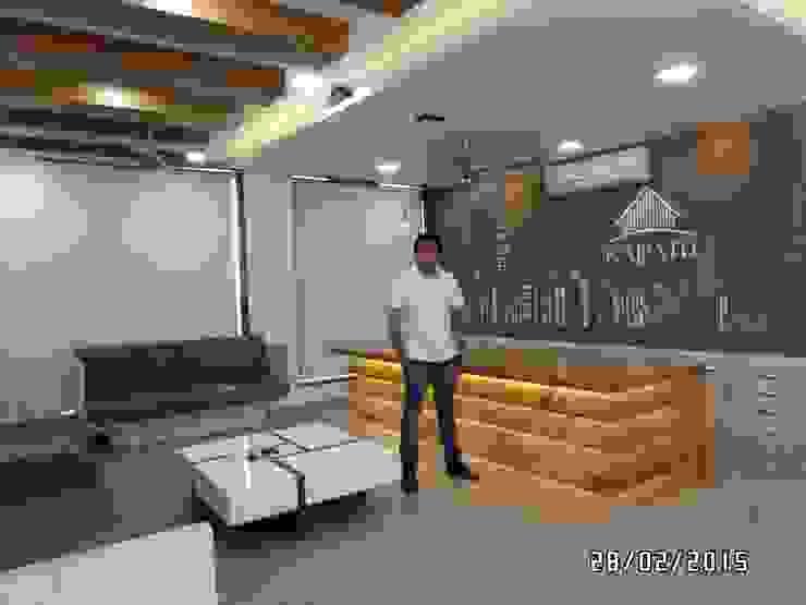 Office Interior: modern  by JNS Design,Modern Leather Grey