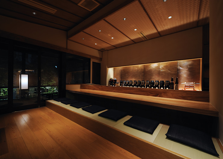 カウンター席 の 中川デザイン事務所 和風