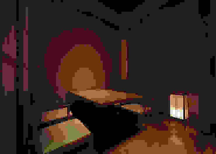 掘りごたつ席個室 アジア風レストラン の 中川デザイン事務所 和風