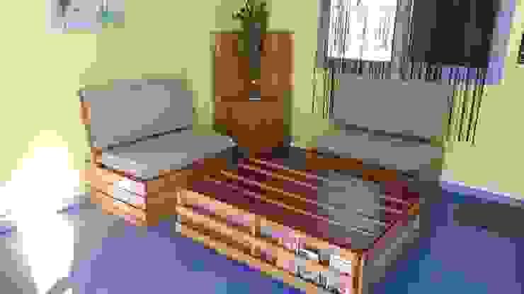 Salon de réception par Esprit Des Palettes Éclectique Bois Effet bois