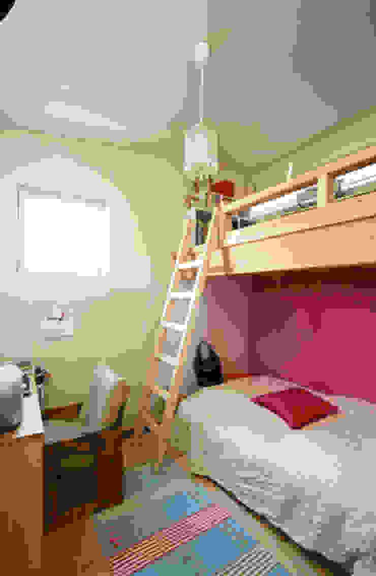 イロイロのイエ モダンデザインの 子供部屋 の 一級建築士事務所あとりえ モダン