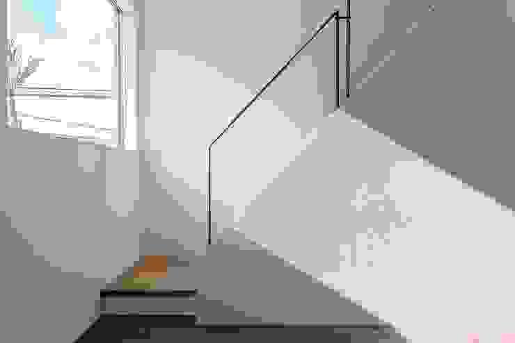 RC分譲シリーズ「Like」 モダンスタイルの 玄関&廊下&階段 の 株式会社デザインセンター モダン