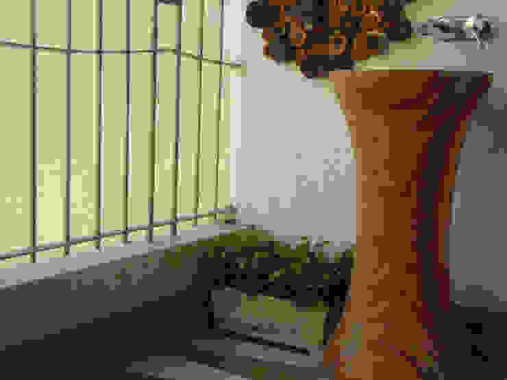 Chowdhary Residence Modern balcony, veranda & terrace by Spaces and Design Modern