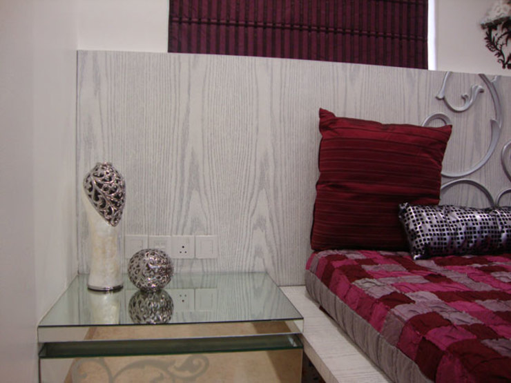 Chowdhary Residence Modern style bedroom by Spaces and Design Modern
