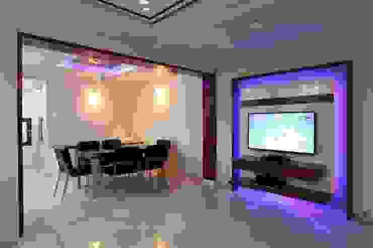 YOGESH KATARIA-VALSAD Modern dining room by PSQUAREDESIGNS Modern