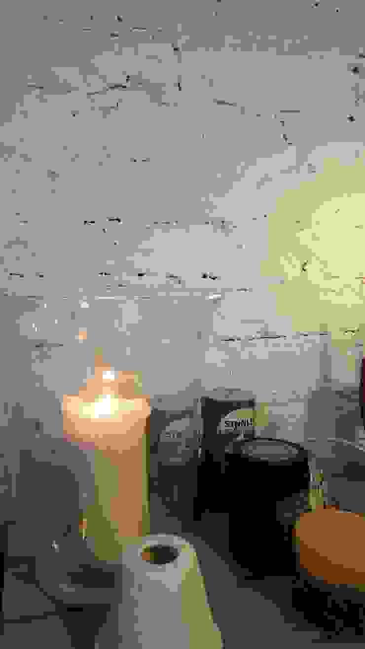 Klimatyczne mieszkanie w starej kamienicy Skandynawski salon od Project Art Joanna Grudzińska-Lipowska Skandynawski