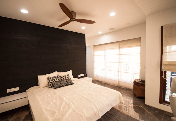 Anmi Residence Modern style bedroom by andblack design studio Modern