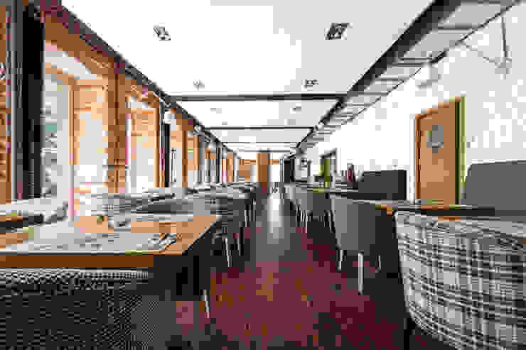 Our photoshoot for Dwie Trzecie Restaurant (Warsaw) od Ayuko Studio Industrialny Drewno O efekcie drewna