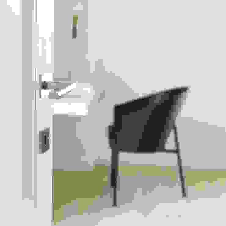 Pure Ph1920 doorhandle in White bronze (WB) Landelijke ramen & deuren van Dauby Landelijk