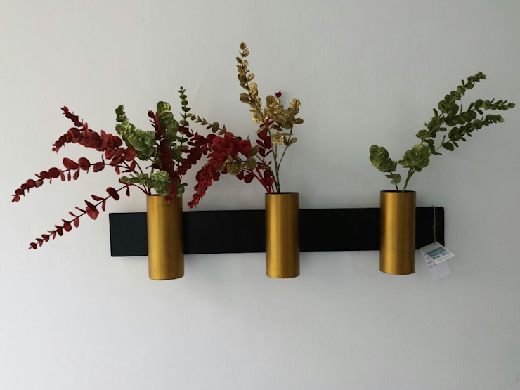 Sleek Cylinders Designmint Interior landscaping Iron/Steel Amber/Gold